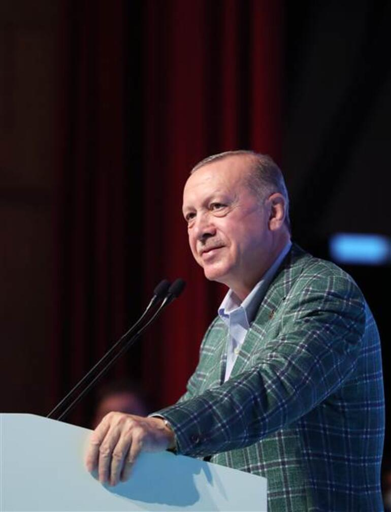 Son dakika... Cumhurbaşkanı Erdoğandan AK Parti teşkilatlarına kritik mesajlar